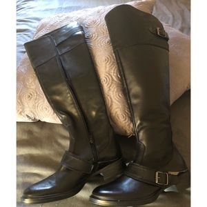 Black Boots by Aldo 👢(Never worn)